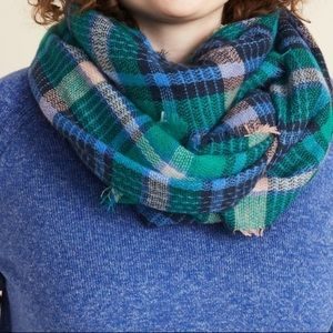 Old Navy flannel Scarf